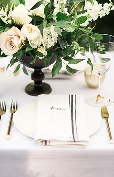 Inspired By This Chic Black and White Wedding with Lush Greenery Country Wedding Centerpieces, Black Centerpieces, Wedding Ties, Wedding Table, Rustic Wedding, Wedding Black, Summer Wedding, Diy Wedding, Wedding Flowers
