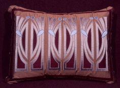 Dezignlicious » APPLIQUE ARTISTRY: THE TEXTILE DESIGNER WENDE CRAGG