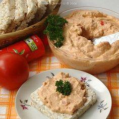 rajcatova-pomazanka Hummus, Mashed Potatoes, Chicken, Meat, Ethnic Recipes, Food, Homemade Hummus, Beef, Smash Potatoes