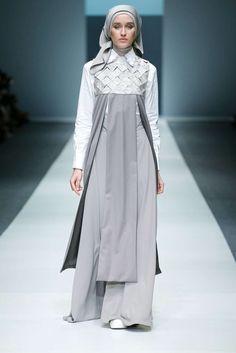 Abaya Fashion, Modest Fashion, Fashion Pants, Fashion Models, Fashion Dresses, Muslim Women Fashion, Womens Fashion, Moslem Fashion, Hijab Style Dress