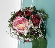 Große Shabby-Chic Spitztüte Rosen  von La Isla Sun  auf DaWanda.com
