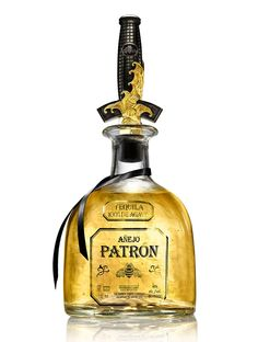 Patrón Añejo and it has a David Yurman Bottle Stopper_liquor for swashbuckling tequila fans. Its going to be a hit at my new store :D Patron Tequila, Top Tequila, David Yurman, Whisky, Vodka, White Oak Barrels, Wine Searcher, Liquor Bottles, Mead