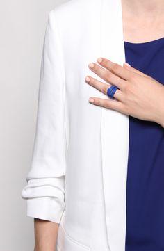 3D printed ring, minimal design http://tipo00design.com/fettuccina