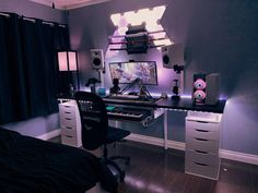 Study Room Decor, Game Room Decor, Bedroom Setup, Room Ideas Bedroom, Gaming Room Setup, Pc Setup, Desk Setup, Cool Gaming Setups, Game Room Design