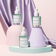 Lightweight deeply moisturizing glow-inducing and back in stock online link in bio. Sephora, Dry Sensitive Skin, Beauty Photography, Product Photography, Foto Instagram, Facial Oil, Packaging Design, Moisturizer, Glow