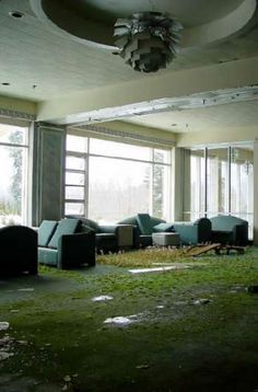 Empty Spaces| Abandoned| Ruins| Lobby; The Pines Hotel. Built in 1933, this ski resort was once a popular resort in the Catskill region of New York. Many buildings have been added on as the facility expanded over the years, and the hotel boasted an ice skating rink, fully equipped theater, golf course, baseball field, conference center, and both indoor and outdoor pools.