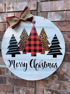 Christmas Door Hanger, Christmas Tree Door Hanger, Buffalo P… – Wall Products Christmas Holidays, Merry Christmas, Christmas Ornaments, Christmas Gift Ideas, Diy Christmas Door Decorations, All Things Christmas, Diy Christmas Wreaths, Christmas Shadow Boxes, Creative Christmas Gifts