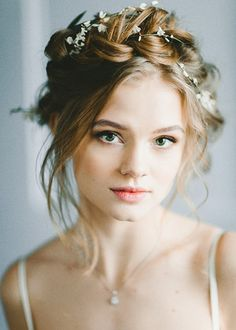 Tips and Trends: Fresh New Hairstyles for Every Bride | http://brideandbreakfast.hk/2016/03/24/fresh-new-hairstyles-for-every-bride/