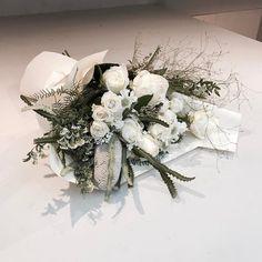. . #창업반 #대형꽃다발 . . 3월 31일 개강 금 3:00pm (공석2) . . #lesson #Order 👉🏻Katalk ID vaness52 WeChat ID vaness-flower E-mail vanessflower@naver.com 강남구 신사동 515-2 📞02-545-6813 . #vanessflower #flower #florist #flowershop #handtied #flowerlesson #flowerclass #플라워 #바네스플라워 #플라워카페 #플로리스트 #꽃다발 #부케 #원데이클래스 #플로리스트학원 #신사동꽃집 #가로수길꽃집 #플라워레슨 #플라워아카데미 #꽃수업 #꽃주문 #花 #花艺师 #花卉研究者 #花店 #花艺