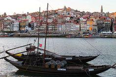 Mais um fim de dia no Porto. Porto, Portugal. #douro15