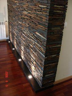 Living Room Wall Designs, Living Room Decor Cozy, House Roof Design, Niche Decor, Modern Bungalow House, Stone Cladding, Foyer Design, House Colors, Home Interior Design