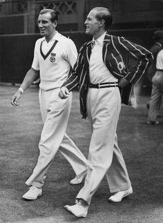 Fred Perry, left, and Gottfried von Cramm, Vintage Tennis, Vintage Men, Vintage Sport, Vintage Images, Dandy, Free Black Girls, Illustrations Vintage, Ivy League Style, Tennis Clothes