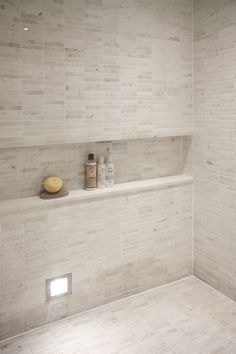 Sublime Shower remodel diy glass doors tricks,Small shower remodel with curtain tips and Small shower remodeling shelves ideas. Bathroom Niche, Master Bathroom Shower, Shower Niche, Upstairs Bathrooms, Small Bathroom, Beige Bathroom, Built In Shower Shelf, Shower Shelves, Bathroom Renovations