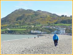 You won't find white fine sand here, but this beach is beautiful anyway! Bray beach, Co. Wicklow