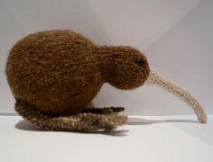 Kiwi! #kiwi #newzealand #toys #wool #knittedtoys #knit #knittersofinstagram #kiwi #bird #knitting