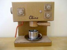 Mumaroo: Cardboard Coffeemaschine - Free template and step by step Photo tutorial - Bildanleitung und gratis Schnittvorlage