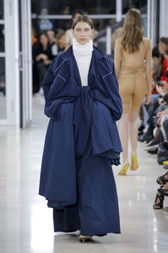 Y/Project   Ready-to-Wear - Spring 2018   Look 34