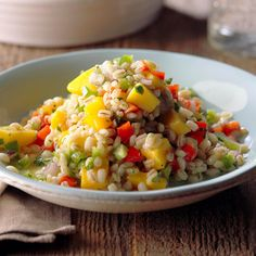 Mango Barley Salad Recipe -I made this fresh, colorful mango salad on the fly and it was a big hit! The bright flavor is perfect for a spring or summer picnic, served right away or chilled. Easy Summer Meals, Summer Salads, Summer Recipes, Summer Food, Barley Salad, Soup And Salad, How To Cook Barley, Cooking Barley, Mango Salat