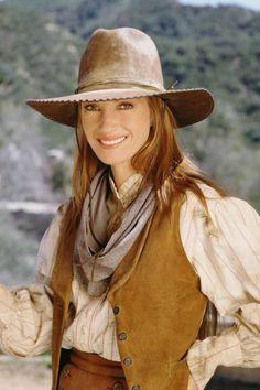 ELLE EDITORS REMEMBER THEIR FIRST TELEVISION HEROINES Dr. Michaela Quinn, 'Dr. Quinn, Medicine Woman'