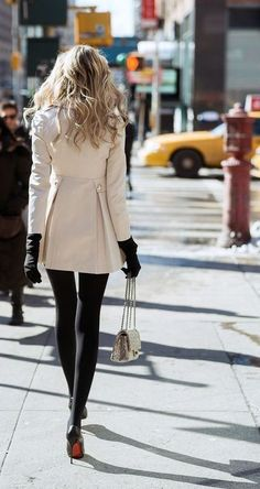A Weekly Outfits Insider's update on casual everyday outfits to look amazing always, no matter the season. Get inspired with feel good content by women for women. Trendy Fall Outfits, Fall Winter Outfits, Autumn Winter Fashion, Casual Outfits, Winter Style, Winter Wear, Fashion Mode, Look Fashion, Womens Fashion