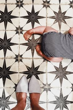 Star pattern floor and wall tile for a laundry room or bathroom. Designer floor tiles for a small space. Bathroom and laundry room tiles. Ceramic Floor Tiles, Bathroom Floor Tiles, Tile Floor, Wall Tile, Ceramic Flooring, Toilet Tiles, Funky Bathroom, Funky Kitchen, Modern Bathroom