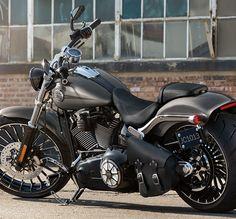 2015 Harley-Davidson Breakout®