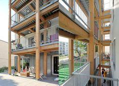 detry-levy-village-vertical-balcons