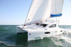 Sunsail 384 - 4 Cabin Catamaran Yacht | Sunsail USA