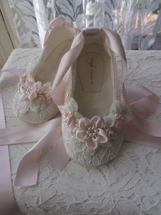 0bd6bc4fe29 Ivory Lace and Light Pink Girls Shoes, Wedding Girl Shoes, Flower Girl,  Special Occasion Girl Shoes, Toddler girl Shoes