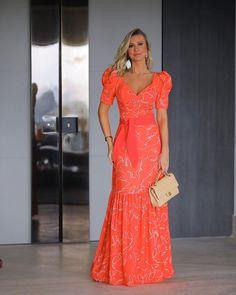 Dressy Dresses, Lovely Dresses, Spring Dresses, Chic Dress, Classy Dress, Dress Skirt, Wrap Dress, Classy Outfits For Women, Bridal Lehenga Collection