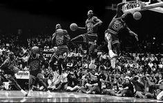 Michael Jordan in the 1988 Slam Dunk Contest in Chicago. Michael Jordan Basketball, Michael Jordan Art, Mike Jordan, Michael Jordan Pictures, Mvp Basketball, Basketball Legends, Jordan Bulls, Basketball Scoreboard, Slam Dunk