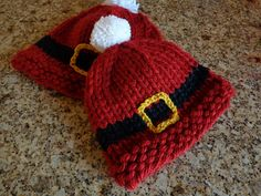 alice brans posted Ravelry: Ho Ho Hat pattern by Lori Riemer to their -crochet ideas and tips- postboard via the Juxtapost bookmarklet. Knitting Patterns Free, Free Knitting, Baby Knitting, Crochet Patterns, Free Pattern, Free Christmas Knitting Patterns, Baby Hat Patterns, Loom Patterns, Loom Knitting Projects