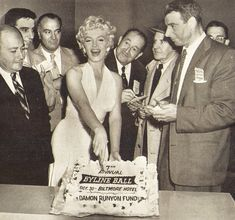 ˙˙·٠•● Marilyn Monroe / Мэрилин Монро ●•٠·˙˙'s photos – 12,221 photos | VK