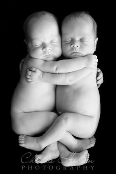 Newborn Twins by liza