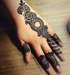 2019 Latest and Trendiest Mehndi Designs for Girls - Ani Exclusive Henna Tattoo Designs Arm, Arabic Henna Designs, Indian Mehndi Designs, Mehndi Designs For Girls, Latest Mehndi Designs, Mehandi Designs, Full Hand Mehndi Designs, Simple Mehndi Designs Fingers, Henna Images