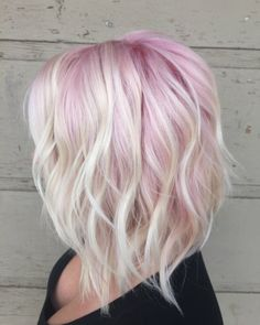 Fashion : light pink hair color cool pastel pink and blonde hair pastel ombre long bob blondes light pink hair color Light Pink Hair, Pink Ombre Hair, Hair Color Pink, Hair Colors, Pale Pink Hair, Short Pastel Hair, Pink Hair Streaks, Color Blue, Aline Haircuts