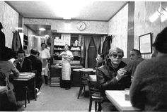 1:35 a.m. in Chinatown Restaurant - Stephen Shore,1965