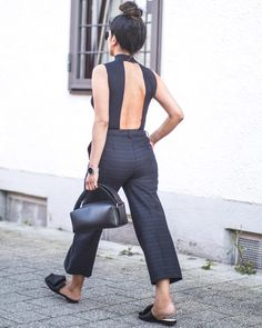 """Mi piace"": 180, commenti: 4 - Laura Dittrich (@fashionlandscape) su Instagram: ""Throwback this time last year ✖️ #whatiwear #openback #tbt"" Flat Shoes Outfit, What I Wore, Jumpsuit, Instagram Posts, Outfits, Dresses, Fashion, Art, Flats"