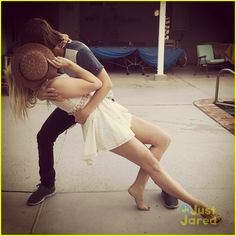 Ellington Ratliff does his best dancer pose with Rydel Lynch in this cute new shot from Instagram.