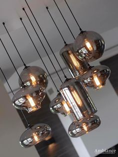 Highly modern ceiling lamp with bulbs and chrome-colored coa .- Highly modern ceiling lamp with bulbs and chrome-colored coated glass Chandelier Makeover, Lantern Chandelier, Cool Light Fixtures, Ceiling Lamp, Ceiling Lights, Chrome Colour, Modern Ceiling, Dining Room Lighting, Küchen Design