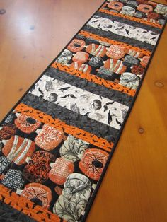 Halloween Quilted Table Runner with Pumpkins