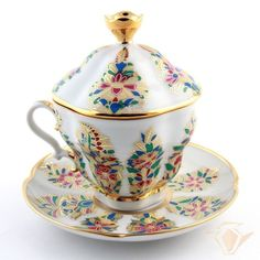 Lomonosov Porcelain Floral Lidded teacup & saucer - Gold IFZ Imperial - Russian porcelain teacup with lid and flowers with gold gilt design.