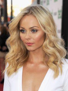 Laura Vandervoort Hair...Love it!  #ditalu