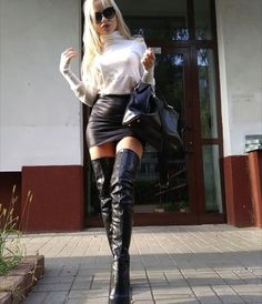 Fashion Boots, Fashion Outfits, Womens Fashion, Moda Fashion, Thigh High Boots Heels, High Leather Boots, Skirts With Boots, Mode Chic, Leather Dresses