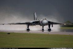 Avro 698 Vulcan B2, G-VLCN / XH558 (cn SET12). Waddington (WTN / EGXW) - UK, July 6, 2008. After suffering an alternator problem during start-up, the Vulcan was fast-taxied down the wet Waddington runway.