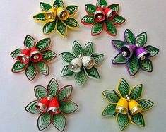 Quilling Paper Christmas Decorations (Set of - Quilled Paper Art Neli Quilling, Quilling Comb, Paper Quilling Flowers, Paper Quilling Patterns, Paper Quilling Jewelry, Quilled Paper Art, Quilling Paper Craft, Paper Crafts, Quilling Christmas