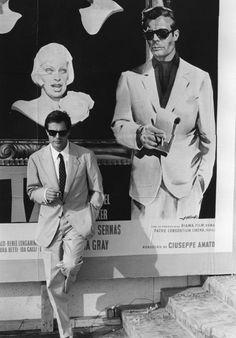 Marcello Mastroianni e Sophia Loren Marcello Mastroianni, Classic Movie Stars, Classic Movies, Classic Hollywood, Old Hollywood, Culture Of Italy, Italian Mens Fashion, Weekend Film, Fritz Lang