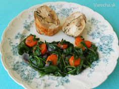 Galantína z kuracích stehien (fotorecept) - recept Fresh Rolls, Ethnic Recipes, Food, Mocha, Meal, Essen