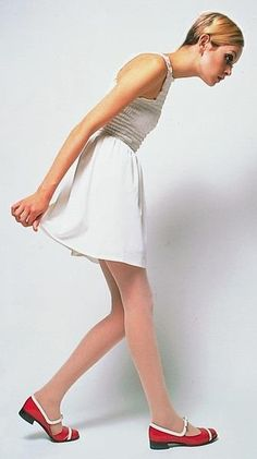 Twiggy (dig the shoes)! (comment courtesy original pinner....and I love the shoes as well