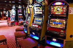 GIOCO AZZARDO IN ITALIA Tra i record negativi dell'Italia c'è questo che rappresenta una grande spreco di soldi, e talvolta di salute: abbiamo una slot machine ogni 143 abitanti. Record europeo. In…